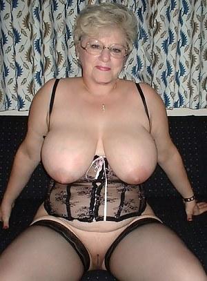 Old Granny Naked Pics