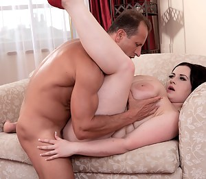Free Mature Softcore Porn Pictures