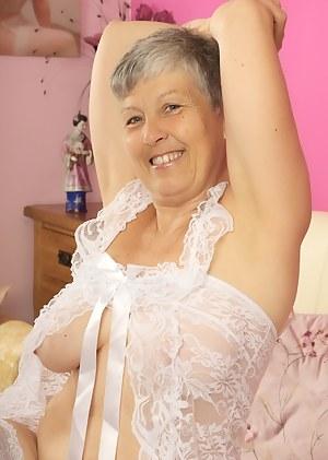 imagefap alte damen, die in nachthemden galerien