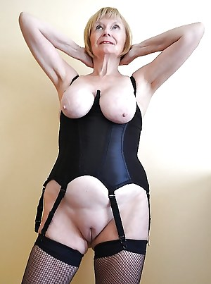 Free Mature Tight Pussy Porn Pictures