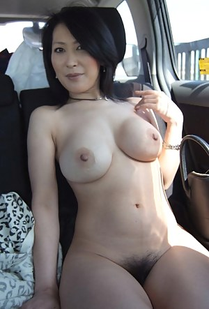 Free Mature Perfect Body Porn Pictures