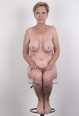 nude casting