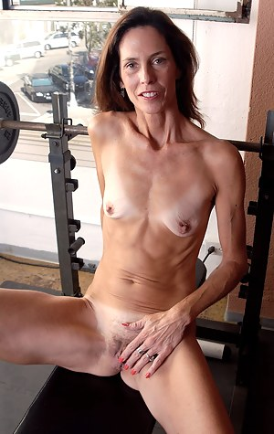 Free Skinny Mature Porn Pictures