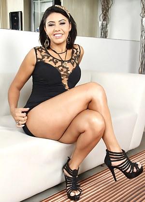 Brazilian Mature at Granny Porn Pics
