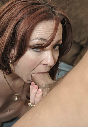 Mature deep throat pics