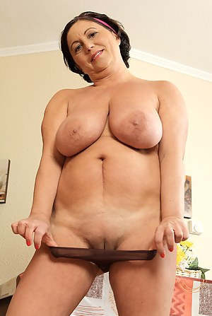 Hailie chelsea busty