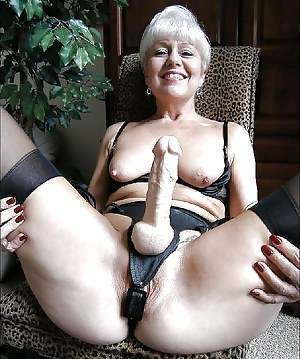 Free Mature Strapon Porn Pictures
