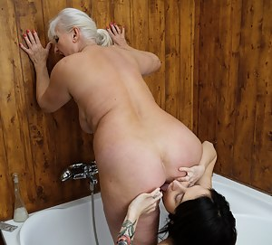 Free Mature Ass Licking Porn Pictures