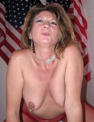 Free Mature Nipple Piercing Porn Pictures