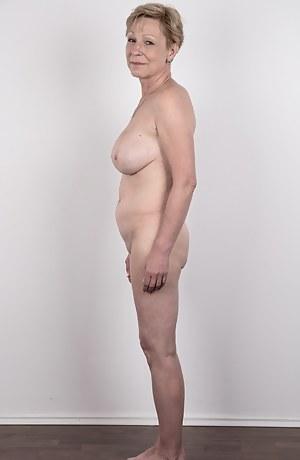 Naked mom castings