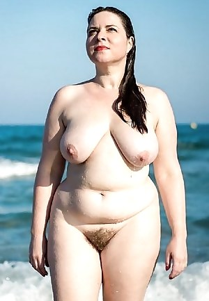 Free Mature Beach Porn Pictures