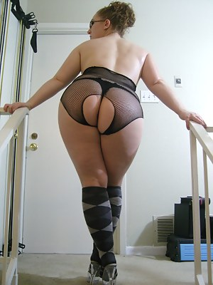 Free Mature Socks Porn Pictures