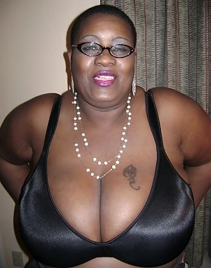 G black mature tits