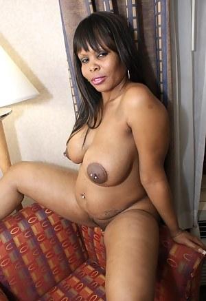 Free Pregnant Mature Porn Pictures