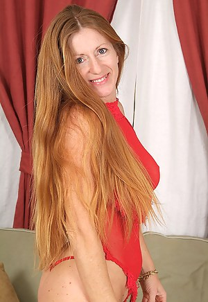 Free Mature Redhead Porn Pictures