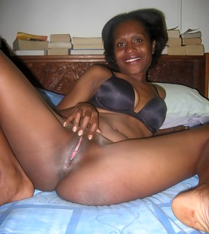 Mature black pussy gallery