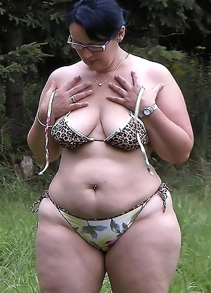 Seems mature nude bbw in bikini