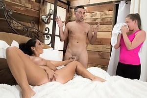 Free Mature Caught Porn Pictures
