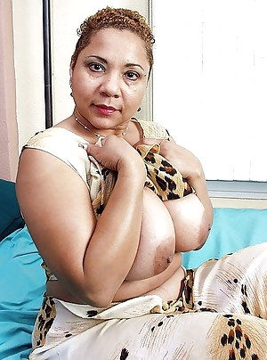 Nakd photo of actres rani mukrje