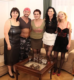 Free Mature Party Porn Pictures