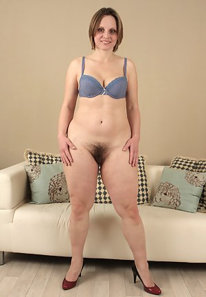Hot Girl Dancing Nude