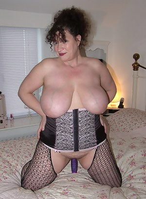 Free Mature Big Tits Porn Pictures