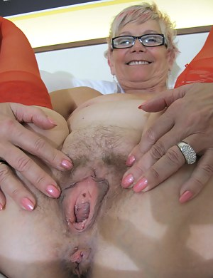 pussy open granny