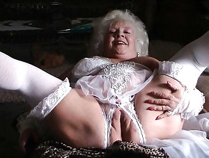 Free Mature Fat Pussy Porn Pictures