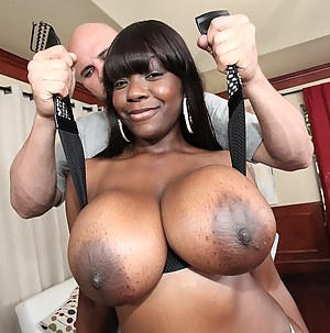Free Mature Big Black Tits Porn Pictures